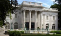 Tour Marble House Mansion in Newport