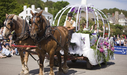 A Mackinac Island Carriage Tour