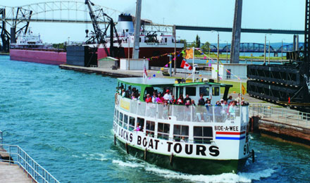 Soo Locks Boat Tour