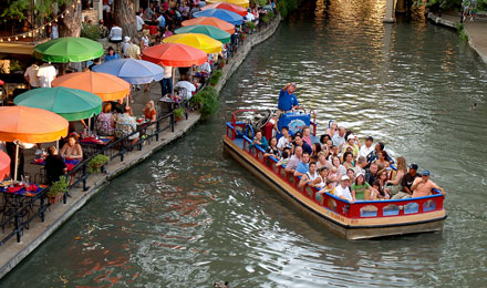 The River Walk Cruise in San Antonio TX