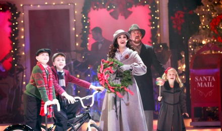 Revel in the renowned Deck the Halls show at AMT (Nov - Dec)
