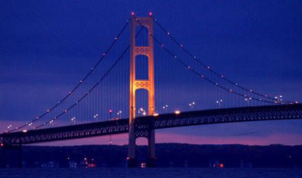 Mackinaw - a City that Offers the Best of Both Past and Present