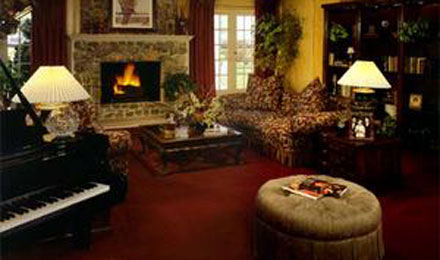 The Parlor in Southfork Ranch