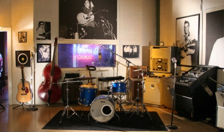 Tour the actual studio where Elvis recorded